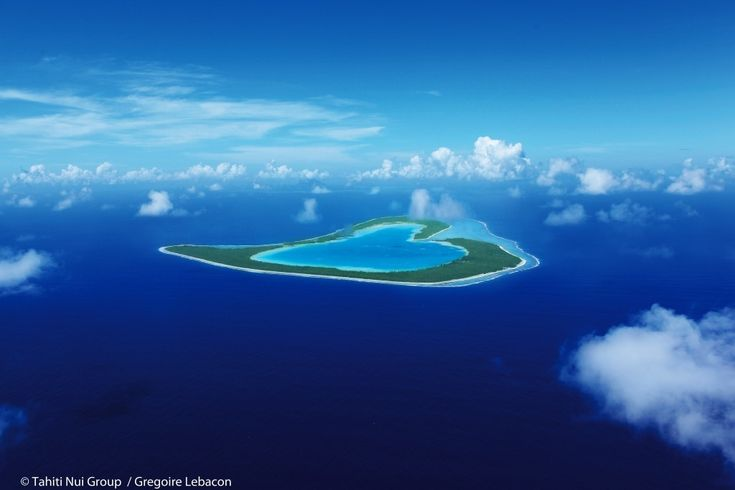 19 Heart Shaped Landmarks That Will Make You Swoon – 1. Tupai Atoll, French Polynesia