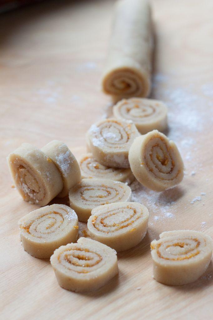 short pastry citrus cookies (recipe and photo by @Giulia Scarpaleggia)