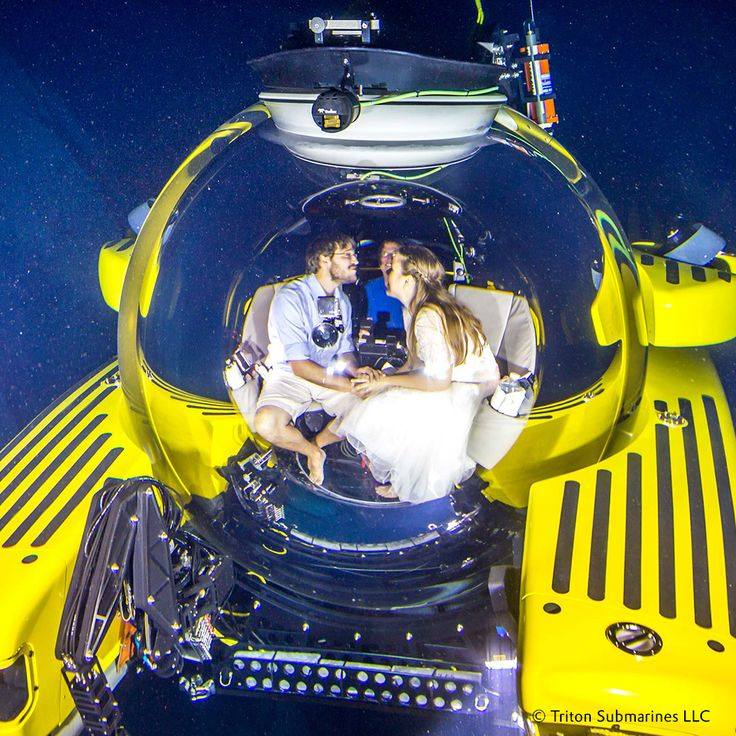 CONGRATS! - Getting married? On the beach or perhaps you'd prefer New York? 'Neither!' thought two employees of Triton Submarines LLC. Instead, they chose to say 'I do' in a submersible with an #originalplexiglas sphere at a depth of 1,000 meters. #plexiglas #evonikplexiglas #acrylic #plexiglass #evonik #originalplexiglas #submarine