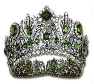 Crown jewels - Diadem from Empress Marie-Louise Emerald Parure.JPG
