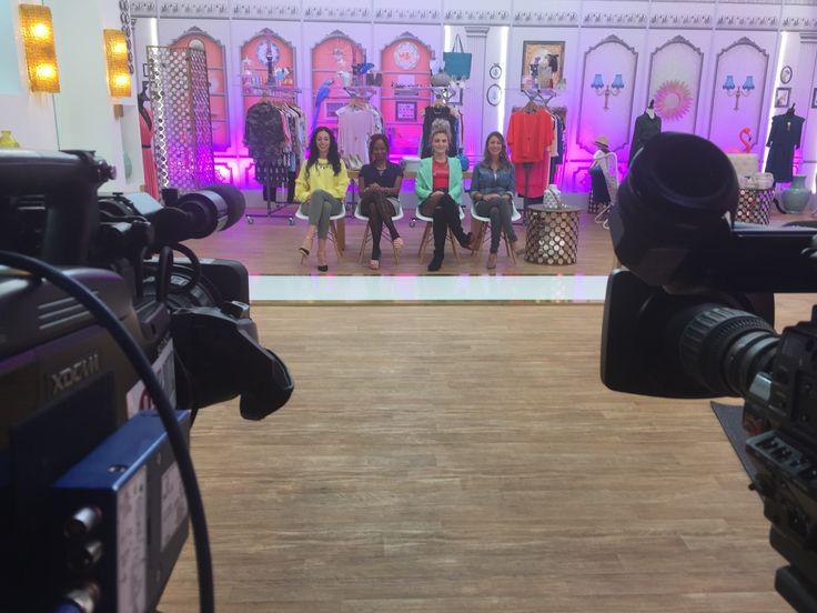 RDV dès lundi à 17H15 sur M6 pour les Reines du Shopping présenté par Cristina Cordula.   Marlène Fournier sera-t-elle sacrée reine ?!
