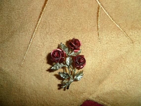 Vintage Rose Brooch/Pin by PandBTreasures on Etsy, $4.00