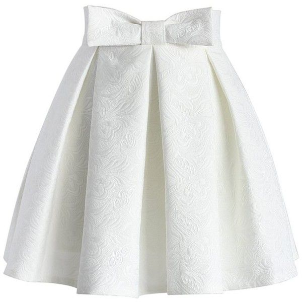 Chicwish Sweet Your Heart Jacquard Skirt in White ($42) ❤ liked on Polyvore featuring skirts, bottoms, white, saias, pleated skirt, white skirt, heart skirt, bow skirt and white knee length skirt