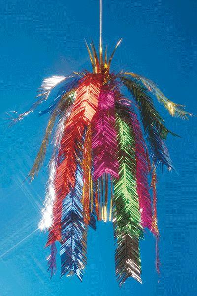 Vrolijk gekleurde glinsterende decoratiehanger. Formaat: 65 cm. Materiaal: folie. Leuk op een disco, glitters of 70-er/80-er jaren feest.
