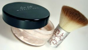 DIY:: Make Your Own Mineral Veil Face Powder - Excellent Year Round  Summer Glow ! Has both The Recipes For Radient, Natural, Or A Touch of Bronze !! Great For Neckline, Arms etc. anywhere you may need a little extra color, even  skin tone, or coverage