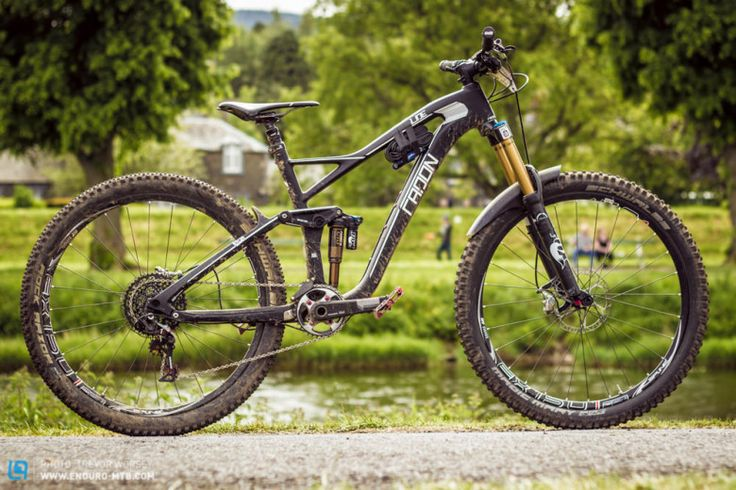 "The new Radon Slide 160 Carbon is an ultra lightweight and efficient All Mountain bike and a fully-fledged enduro racer.  Stuarts size 18"" weights in at only 12.55kg (27.6lbs)"
