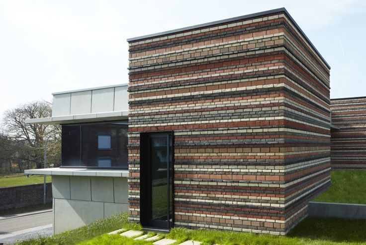 222_Brutalistic concrete house with soft knitted brick cores, Landen, 2016 - AST77