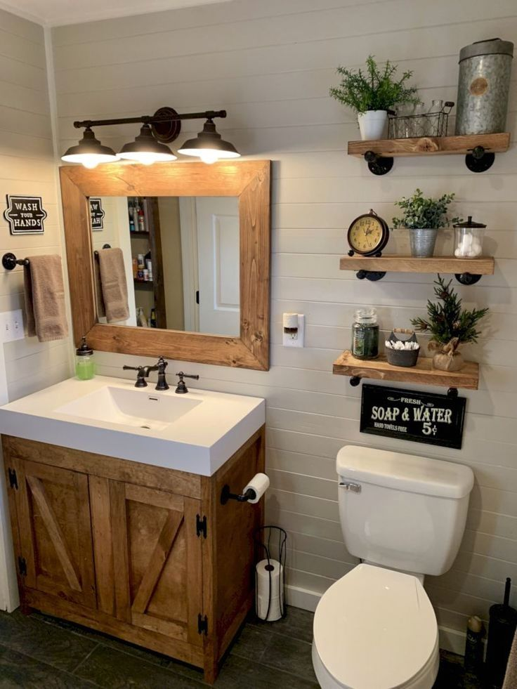 Rustic Bathroom Decoration Smallbathrooms Farmhouse Bathroom Decor Small Bathroom Remodel Bathroom Design