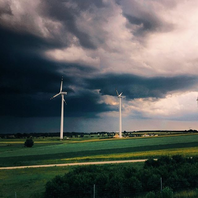 We are not afraid of the storm #eig #inwestycjewwiatraki #ekologicznaelektrownia #inwestycjewrealnawartosc #energyinvestgroup #windturbine #windkraftanlage #energiewende #renewableenergy #landscape