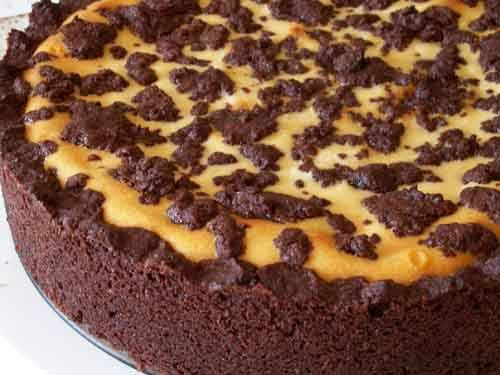 This is one of the europe's popular cake. It is a combination of shortcrust pastry and cheesecake.. can you imagine it??   If you're a chocolate lover or cheesecake lover.. or both of them, then this one is for you  <3