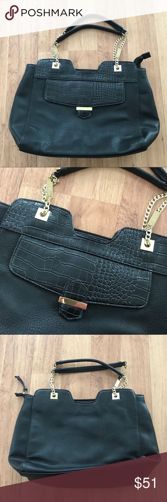Olivia + Joy Black and Gold Large Tote Bag ⚜️I love receiving offers through the offer button!⚜️ Good condition, as seen in pictures! Fast same or next day shipping!📨 Open to offers but I don't negotiate in the comments so please use the offer button😊 Check out the rest of my closet for more Adidas, Lululemon, Tory Burch, Urban Outfitters, Free People, Anthropologie, Topshop, Asos, Revolve, Zara, and American Apparel! Olivia + Joy Bags Totes