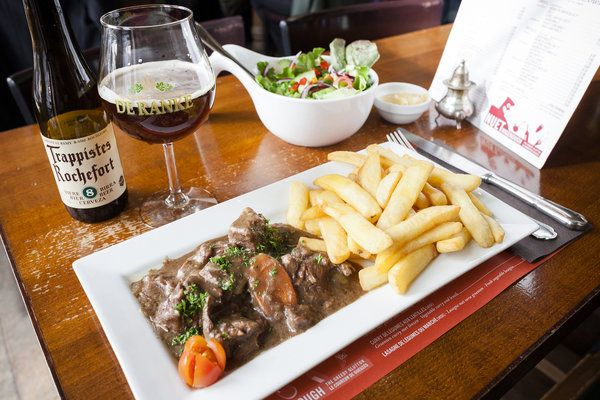 Beer, in the Glass and on the Plate, in Brussels - NYTimes.com