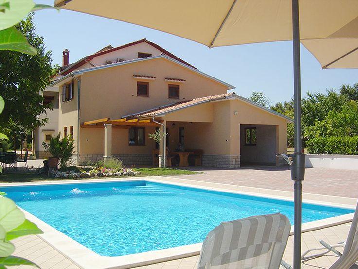 Günstig & Gut! #Istrien #Kroatien #preisgünstig #Ferienhaus mit #Pool & BBQ #IstrienPur Info http://www.istrien-pur.com/objekt/preisguenstiges-ferienhaus-mit-pool-fuer-vier-personen/