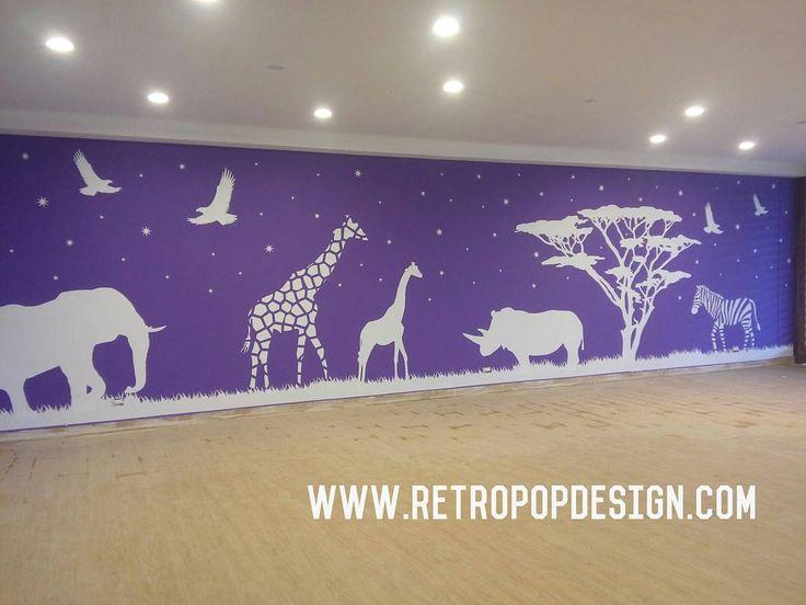 Vinilo Decorativo instalado en Salon infantil Proyecto Puerto Tranquilo Cusezar, Ricaurte Cundinamarca. info en www.retropopdesign.com tels: 3102487305  /  7522144 Bogotá.