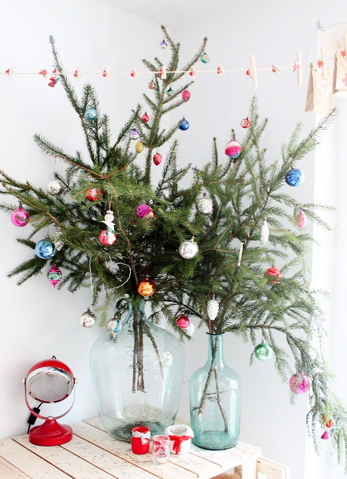 Budget-Friendly Decorating Ideas for Your Most Stylish Christmas via @MyDomaine