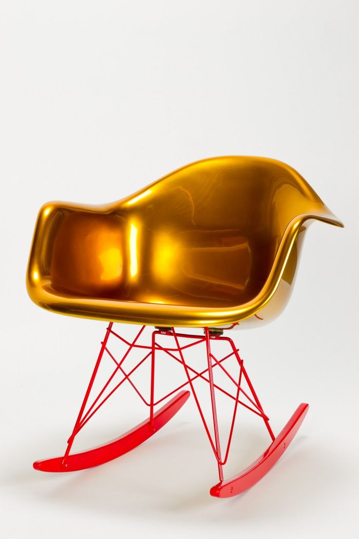 Schaukelstuhl swing insp eames rocking chair rar ahorn - Golden Eames Rocking Chair Y Designer Charles Ray Eames Reha Okay Manufacturer Hermann Miller
