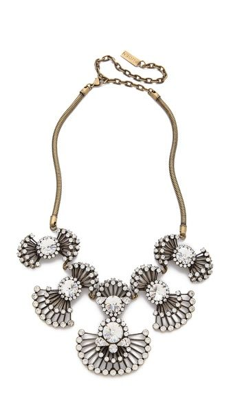 AUDEN Coralia Necklace