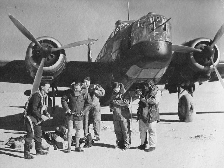 "British bomber crew Vickers ""Wellington"" Equip before departure"