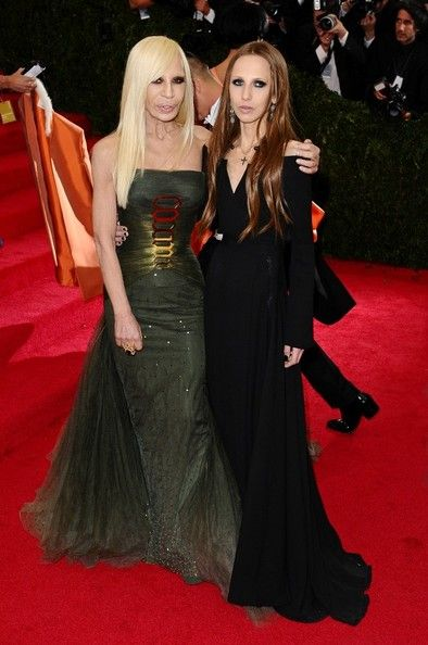 Donatella Versace Amp Allegra Versace Met Gala 2014
