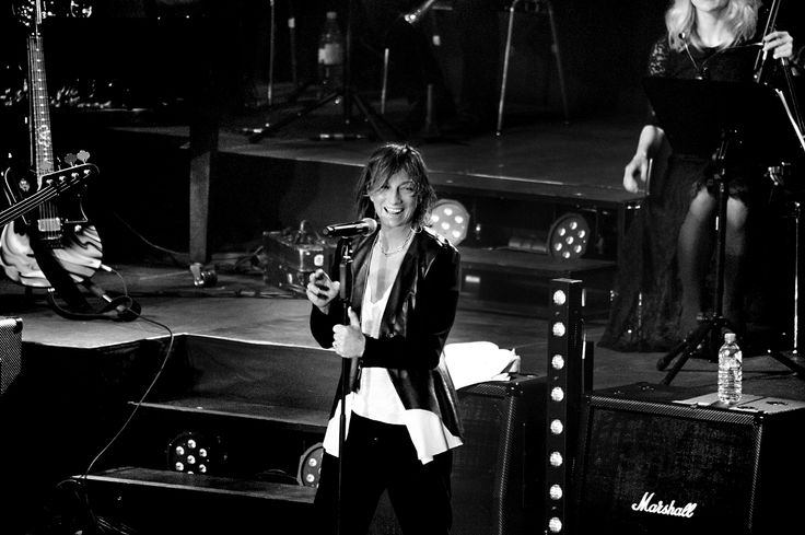 A preview of Gianna Nannini Official Tour on stage wearing Dondup Spring Summer 2015