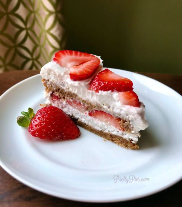 Peanut Butter Strawberry Shortcake {GF/DF} | Pretty Pies | Bloglovin'