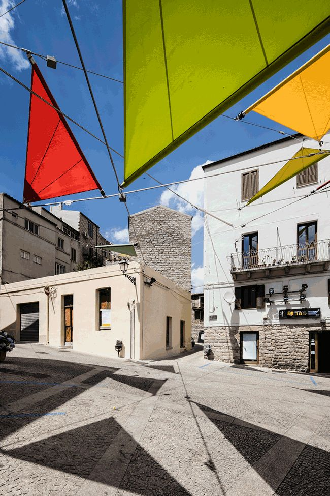 Sails Installation in Sardinia (Piazza Faber, Tempio Pausania) / by Alvisi Kirimoto + Partners (based on an original idea by Renzo Piano)