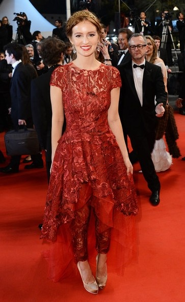 Ahna O'Reilly in Monique Lhuillier | 2013 Cannes