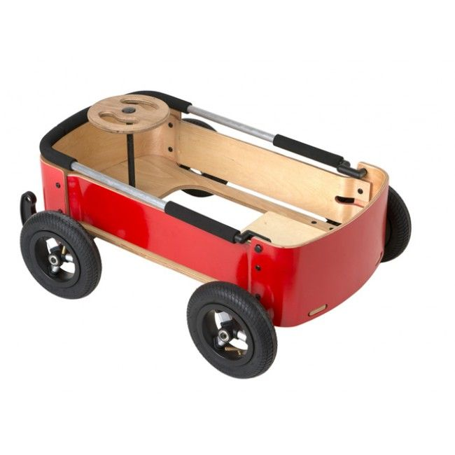 A multi-functional ride-on toy from Wishbone that transforms into a soap-box racer and foot-to-foot car, suitable for children from age 1 to 10! #entropytoys #activetoys #wishbone #wagon #outdoors