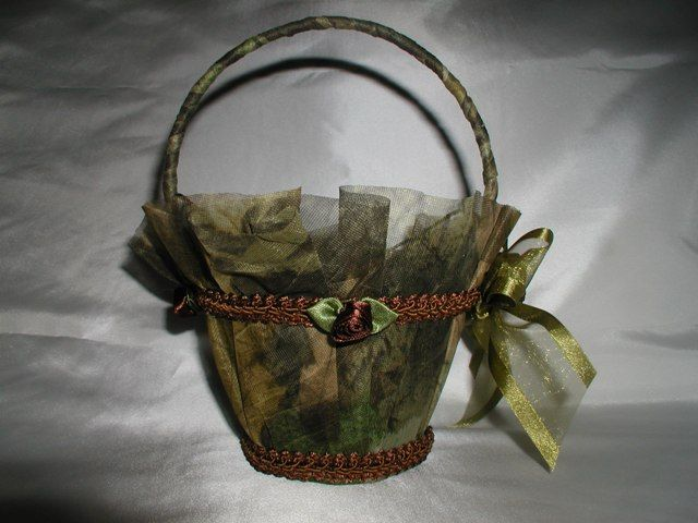 Camo Wedding Cakes Mossy Oak | You Can Find Camo Garters, Camo Guest Books,