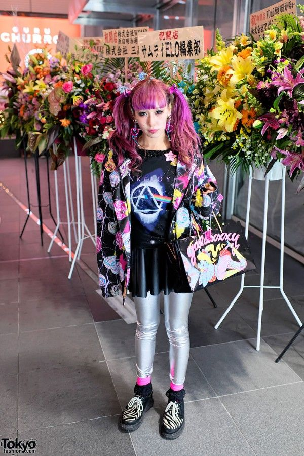 Pretty in pink: Pink Floyd t-shirt, piercings, a Galaxxxy lollipop-print jacket, silver tights & zebra creepers. #cool hair #tokyofashion cute streetnap! <3