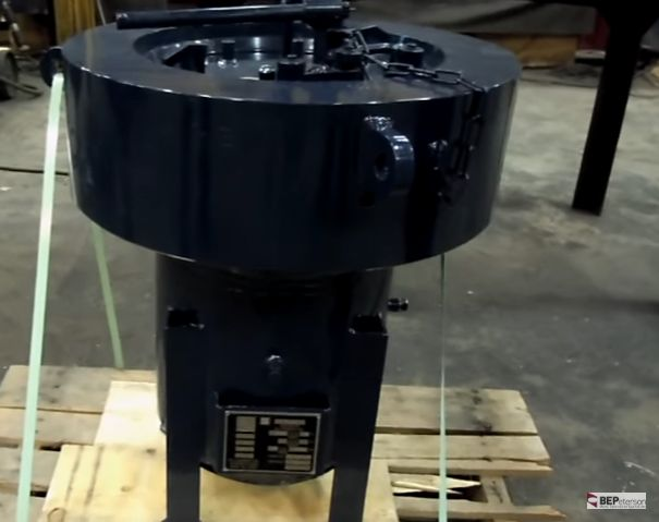 BEPeterson supplies multiple ASME Pressure Vessels with Quick opening and closures. This design significantly improves operations throughout, as the user has no bolts and nuts to remove every time the vessel cover is opened and closed.