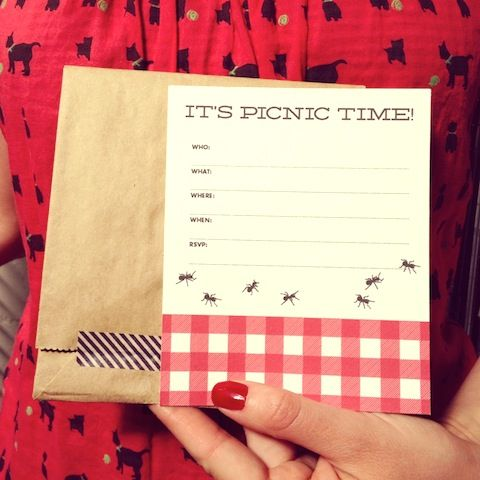 Picnic Party Invite! Free printable from The Hello Lucky Blog :)