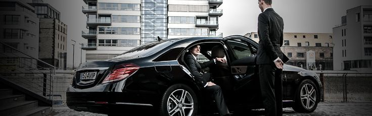 If you are traveling in a small group of four passengers or less, then the perfect choice for you is airport ivory car. Our fleet are luxury & reliable and can carry up to 4 person.