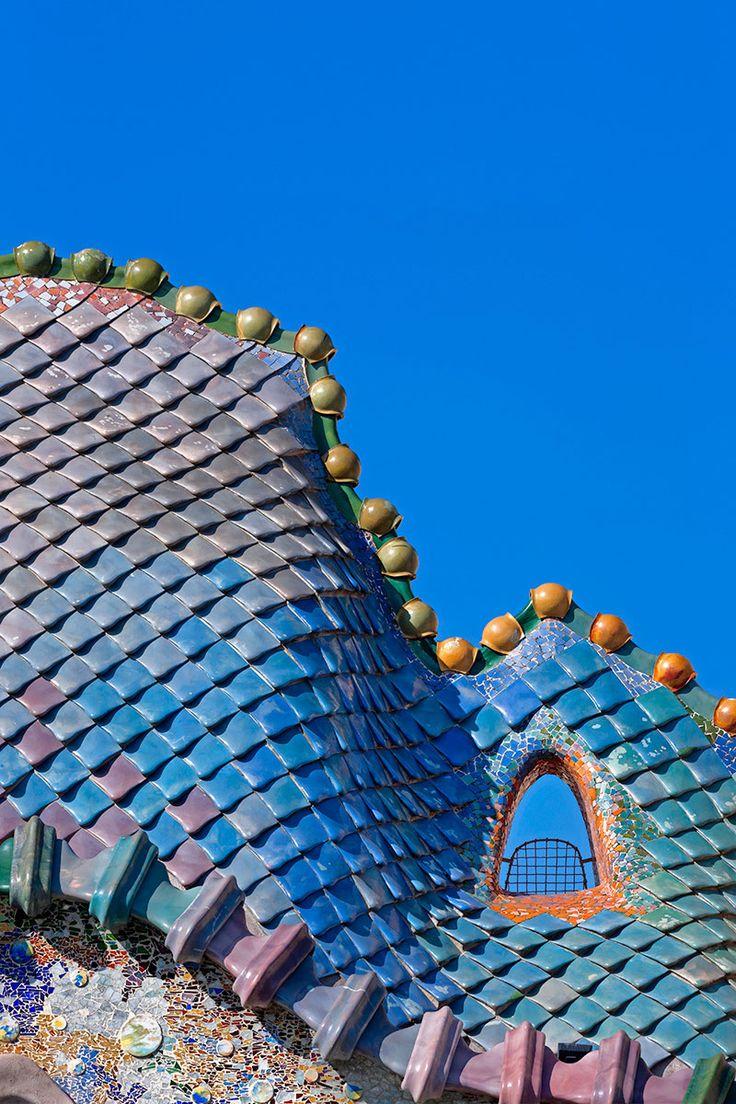 La Casa Batlló de Gaudí fotografiada por David Cardelús. Fotografía © David Cardelús.