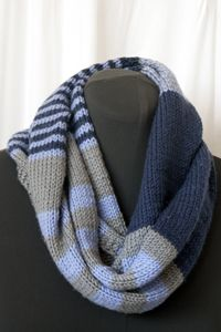 varigated stripe infinity scarf - love these colors!