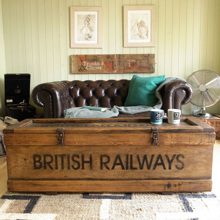 Trunk Coffee Table Pine: INDUSTRIAL Factory RAILWAY Rustic PINE Plank COFFEE TABLE