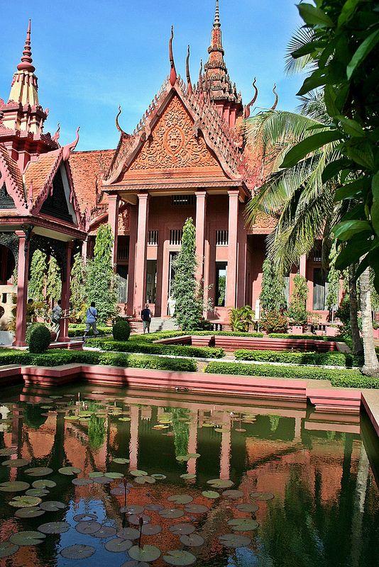 Museo Nacional de Camboya, Phnom Penh, Camboya - museo más grande de la historia cultural del país y el principal museo histórico y arqueológico