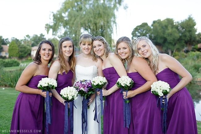 Shannon and her bridesmaids at Glenburn Lodge, Muldersdrift