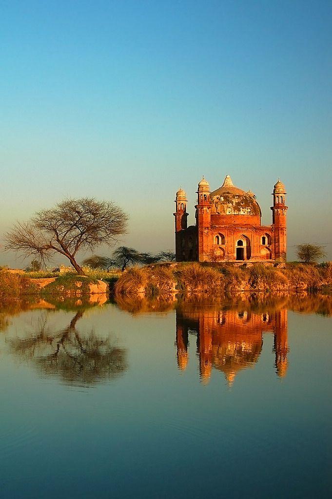 tomb of abdul nabbi, kotli darbar, punjab, pakistan | travel destinations in south asia + ruins #wanderlust