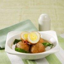 PINDANG TELUR DAUN MELINJO http://www.sajiansedap.com/mobile/detail/5368/pindang-telur-daun-melinjo