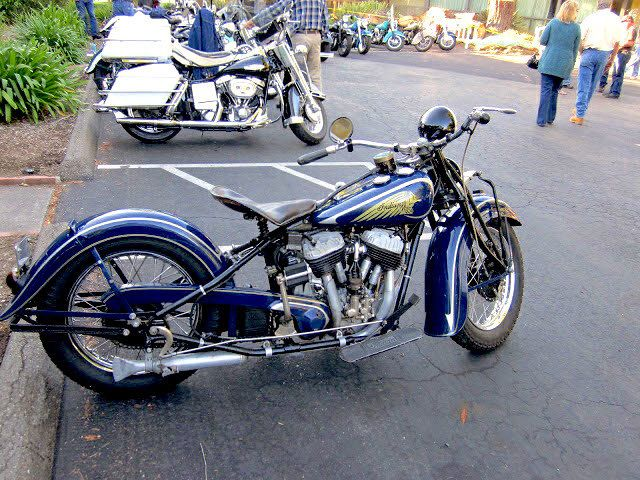 THIS IS ONE OF MY DADS BIKES 1936 4 Speed Indian Chief Owned By Roger Herbison