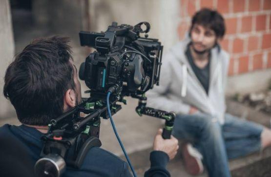 Film industry looking for Okanagan homes that want to be famous!  #OkanaganBC #BCFilm #OkanaganFilm