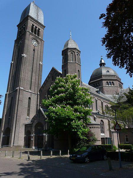 Onze-Lieve-Vrouwekerk, Helmond AuthorG.Lanting