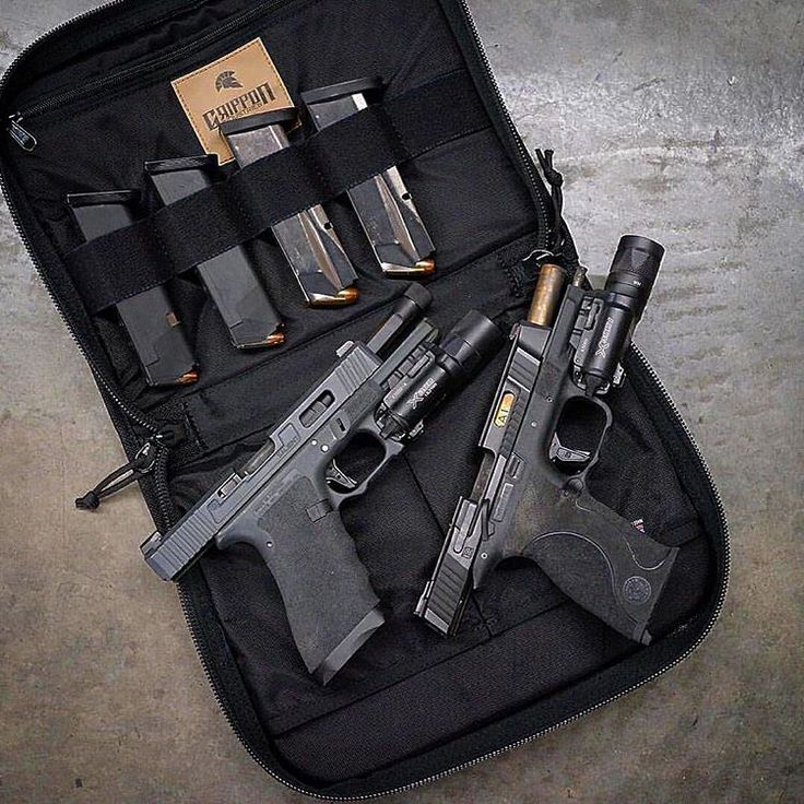 Salient Arms International Tier One work on the Glock 17 pistol, SAI match/box fluted/threaded barrel with convex thread protector, and SAI minimalist magwell. Salient Arms International Smith and Wesson M&P Tier One Standard. @jeffgriffon
