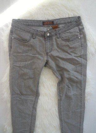 Kupuj mé předměty na #vinted http://www.vinted.cz/damske-obleceni/dziny/15542012-sede-slim-dziny-crest