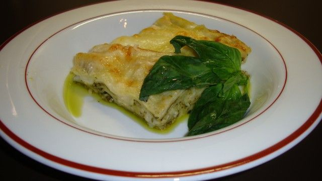 Лазанья с соусом песто / Lasagne al pesto