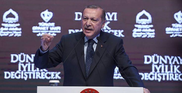 Turquía amenaza a Holanda y acusa a Merkel de apoyar a los terroristas    Ankara suspende las relaciones de alto nivel con La Haya por el ...