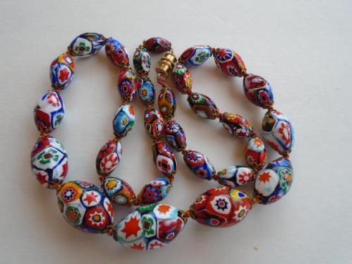 Vintage-Italian-Venetian-Murano-Millefiore-Glass-Beads-Necklace