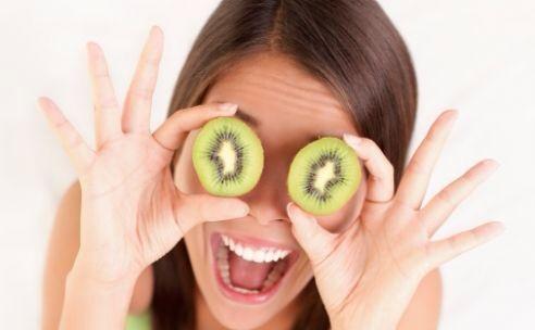 BLEPHASOL en BLEPHACLEAN van firma THEA ideaal voor de oogleden ooglidrandreiniging ooglidhygiene Ook geschikt als makeup remover Voor verwijdering van schilvers kortsjes tussen de wimpers Goed voor ooglid aandoeningen zoals blefaritis en voorkomt droge ogen Geschikt voor ooglid massage BESTEL VEILIG EN GOEDKOOP BIJ www.oogvoeding.nl WAAROM MEER BETALEN? #blephaclean #blephasol #oogleden #ooglid #reiniging #hygiene #wimpers #blefaritis #droge #ogen #makeup #oogvoeding #oogarts #oogziekten