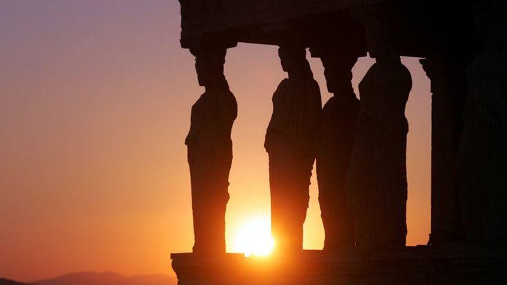 Γκρεμίστε όλη την Ελλάδα σε βάθος 100 μέτρων. Αδειάστε όλα τα μουσεία σας, από όλον τον κόσμο. Γκρεμίστε κάθε τι Ελληνικό από όλο τον πλανήτη… Έπειτα σβήστε την Ελληνική γλώσσα από παντού. Από την …